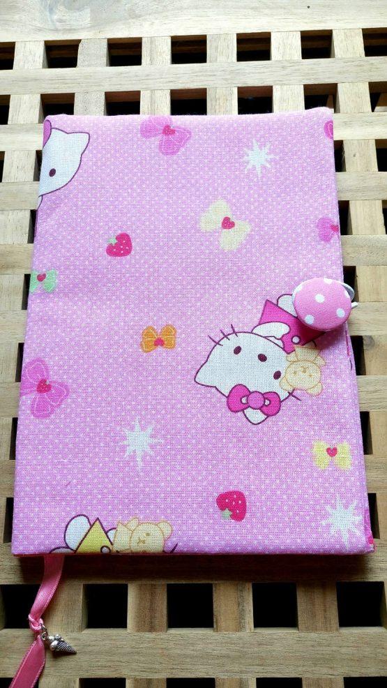 калъфче за книга Hello Kitty