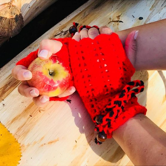 Дамски зимни ръкавици, без пръсти, червени, ръчноплетени