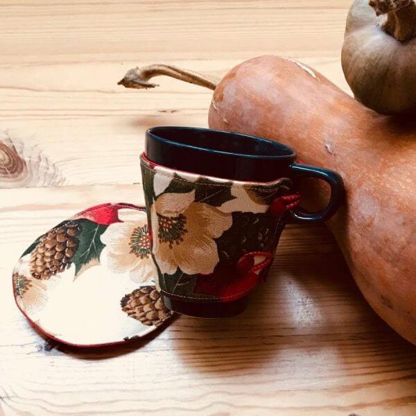дреха за чаша дреха за чаша - ръчно изработен аксесоар от Marchella's Art